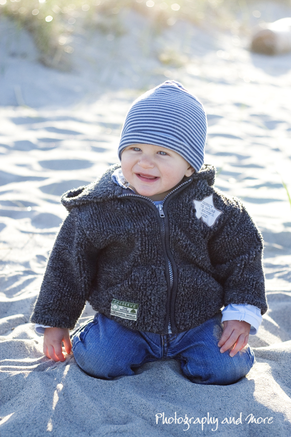 Baby Luca on the Beach / children photographer CT