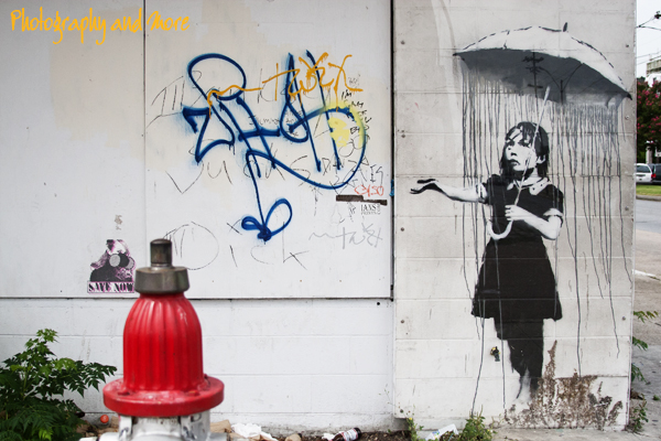Umbrella girl / Banksy New Orleans photography