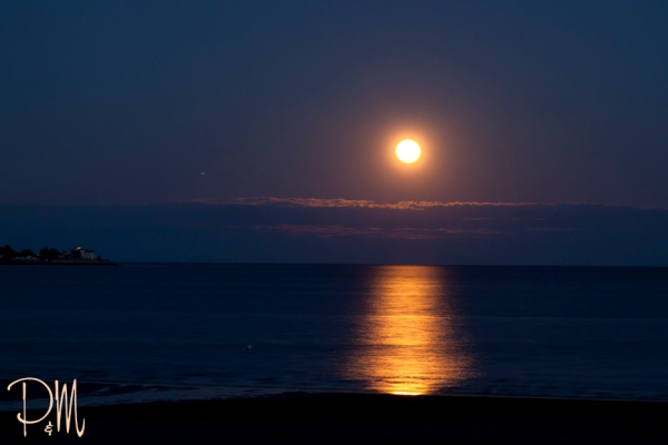 Moon over water | CT photographer