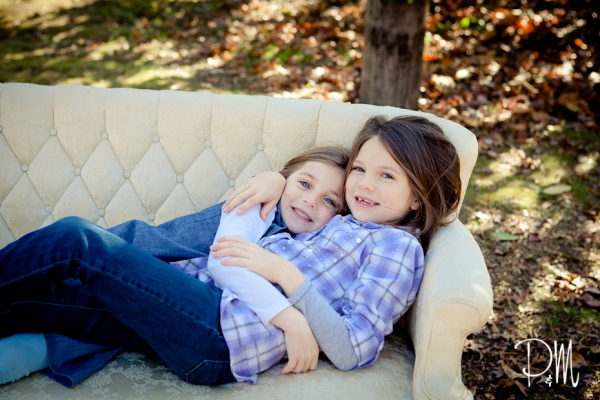 Sister cuddle time | CT Family Photographer